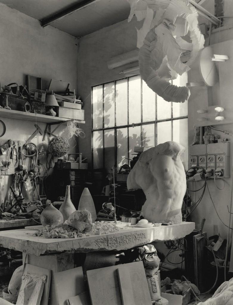 tavolo studio Matteo Cavaioni